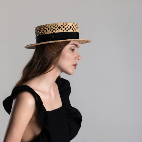 Vented raffia straw boater hat
